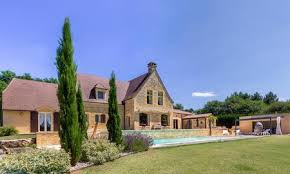Immobilier luxe Périgord : un univers merveilleux !